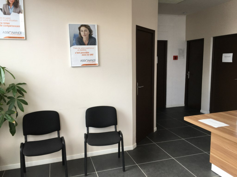 Location local commercial Saint omer 580€ CC - Photo 6