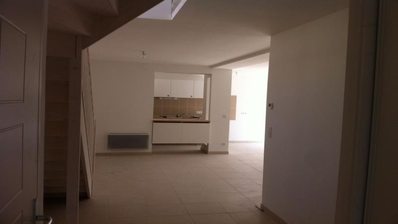 Rental house / villa Troyes 875€ CC - Picture 3