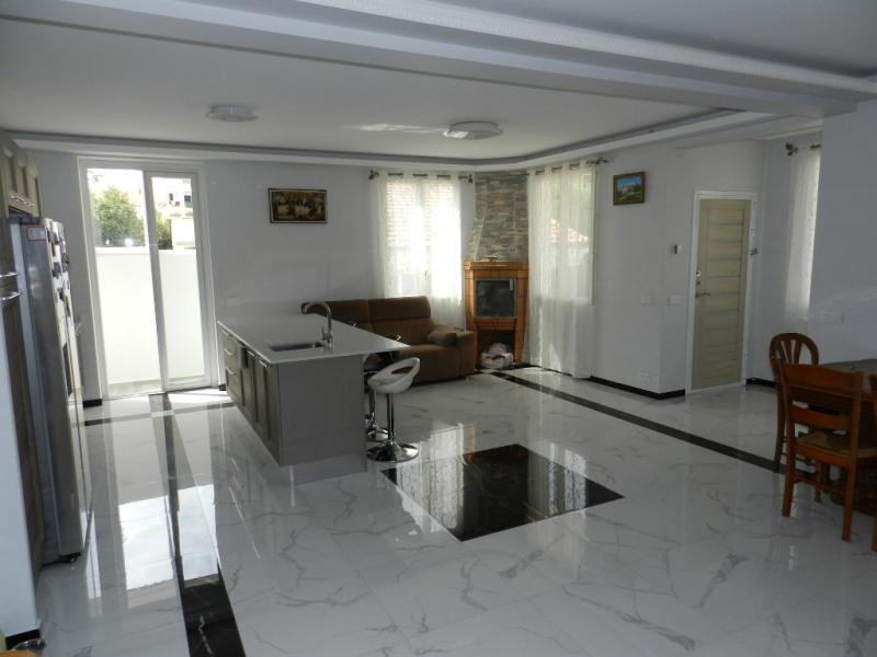 Vente de prestige maison / villa Saint laurent du var 659000€ - Photo 4