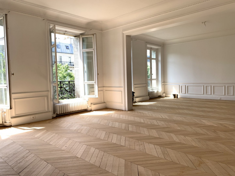 Rental apartment Paris 17ème 5 741€ CC - Picture 2