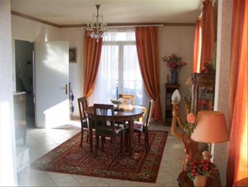Sale house / villa Montpon menesterol 156000€ - Picture 2