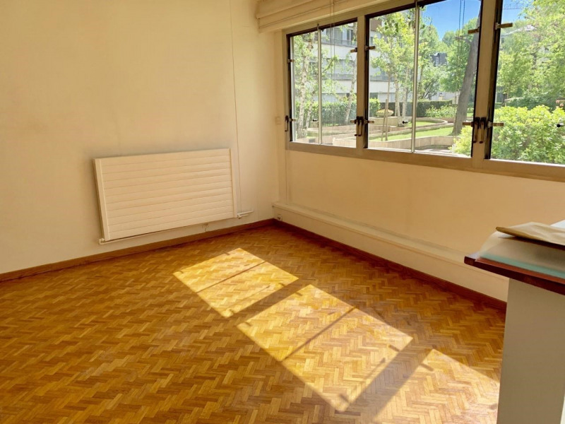 Sale apartment Neuilly-sur-seine 310000€ - Picture 2