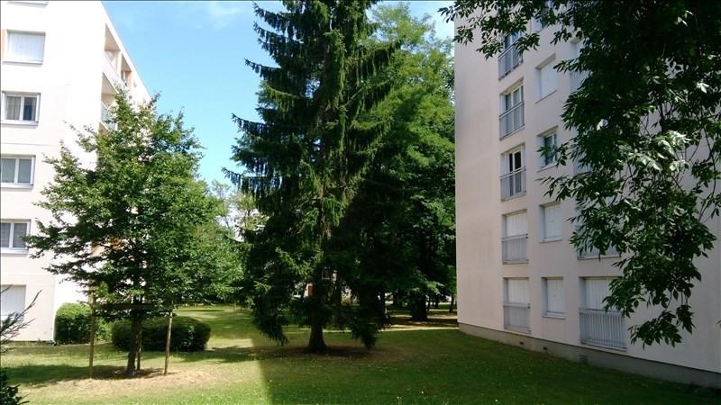 Rental apartment Verneuil sur seine 745€ CC - Picture 1
