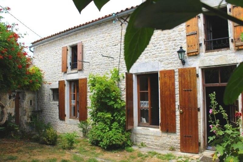 Vente maison / villa Ciré-d'aunis 170000€ - Photo 2