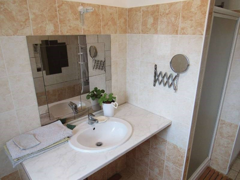 Sale house / villa Briatexte 220000€ - Picture 10