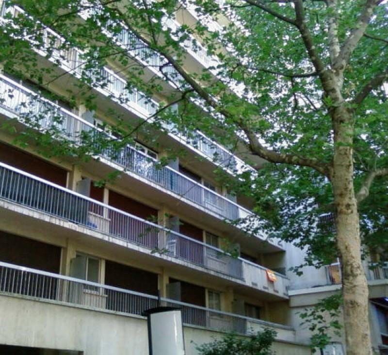 Sale apartment Paris 15ème 371000€ - Picture 1