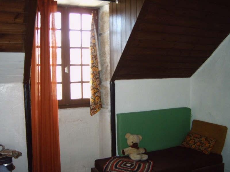 Sale house / villa Pont croix 53500€ - Picture 12