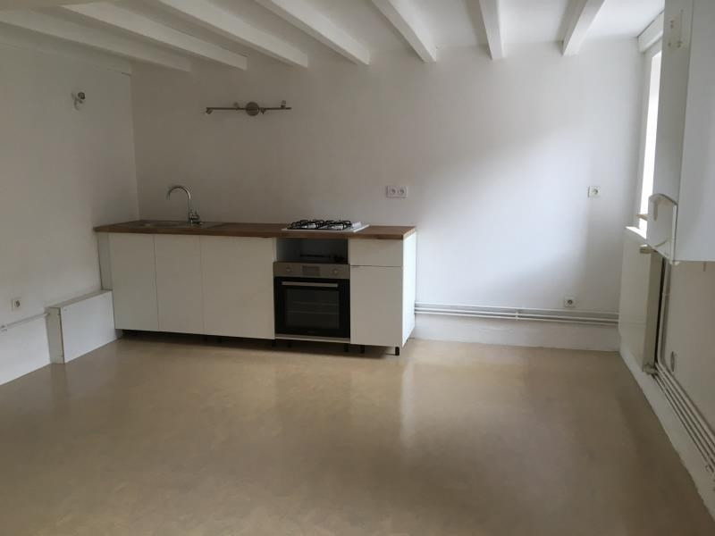 Location appartement Ste colombe 615€ CC - Photo 1