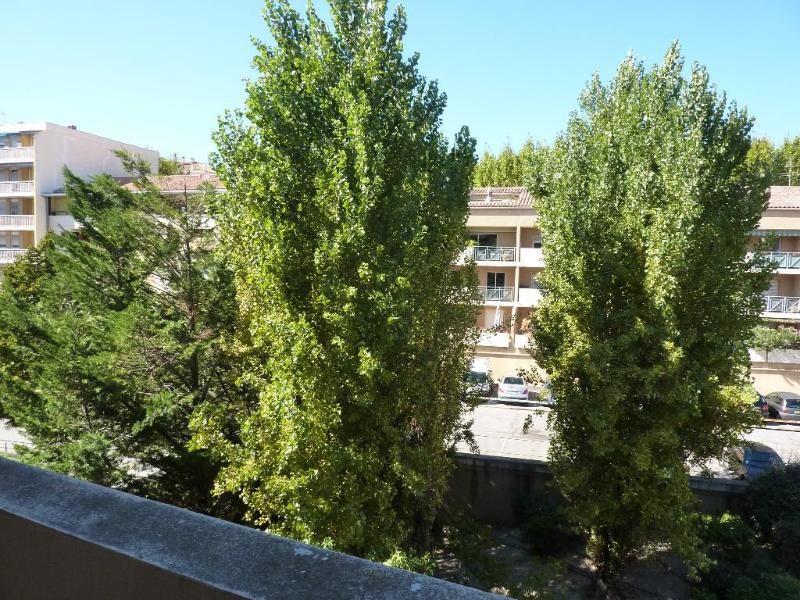 Location appartement Aix en provence 465€ CC - Photo 2