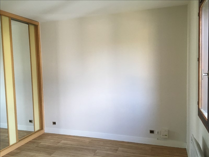 Location maison / villa St ouen 755€ CC - Photo 17