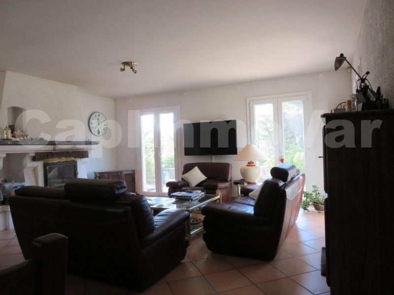 Deluxe sale house / villa Le beausset 660000€ - Picture 6
