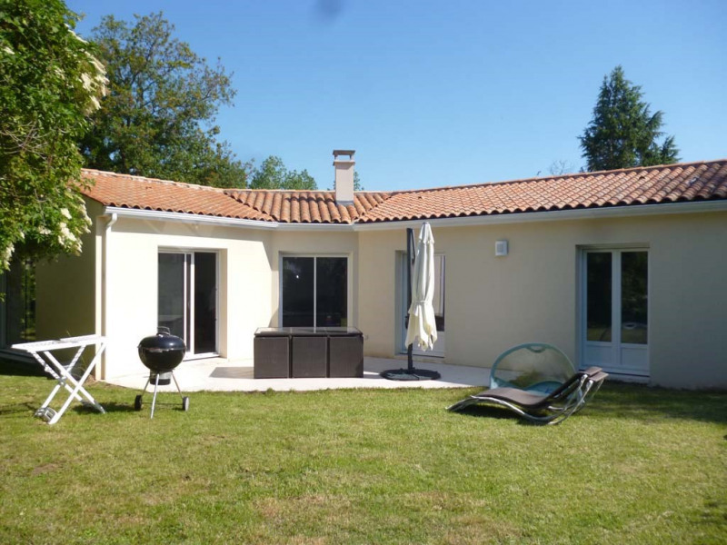 Location maison / villa Saint-palais-sur-mer 1 050€ CC - Photo 4