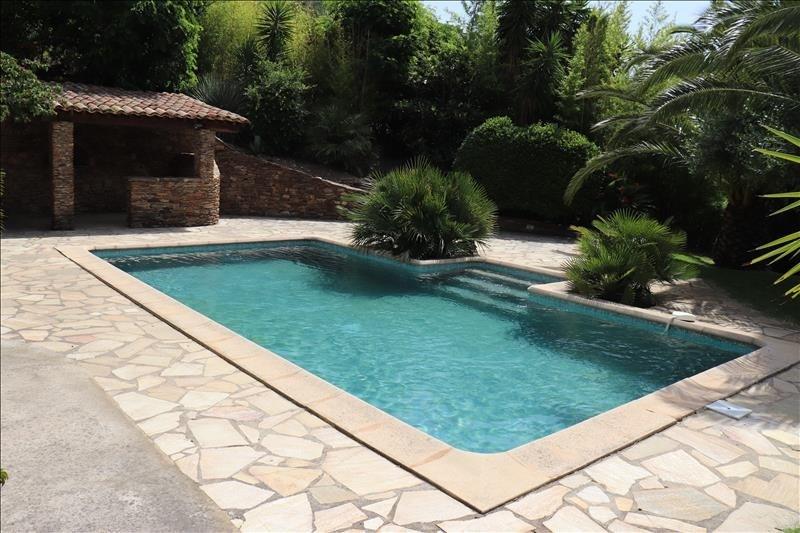Deluxe sale house / villa Cavalaire sur mer 725000€ - Picture 8