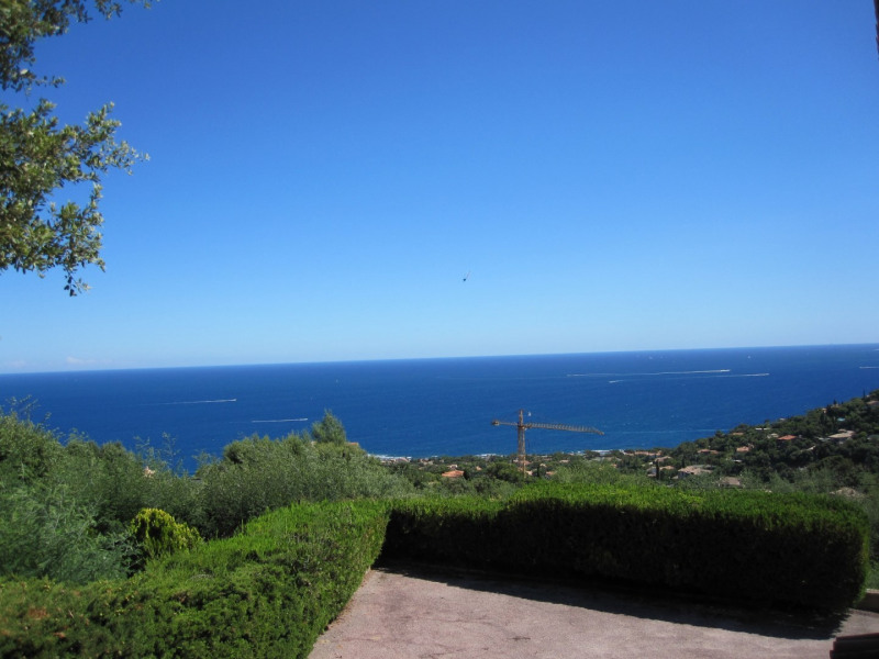 Vacation rental house / villa Les issambres 1 810€ - Picture 2
