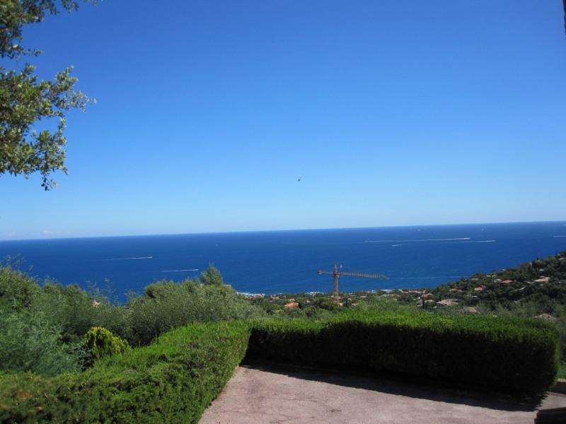 Location vacances maison / villa Les issambres 1810€ - Photo 2