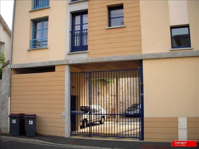 Rental apartment Montereau fault yonne 551€ CC - Picture 6