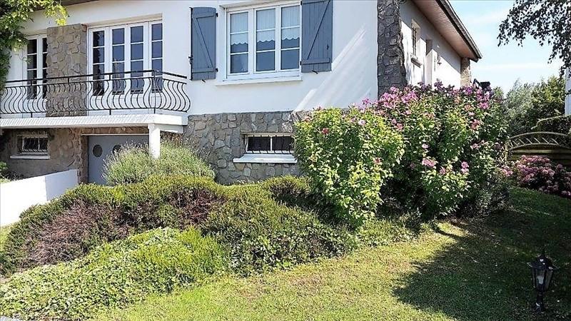 Sale house / villa Hinges 198000€ - Picture 1