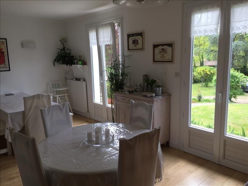Sale house / villa Liguge 225000€ - Picture 14