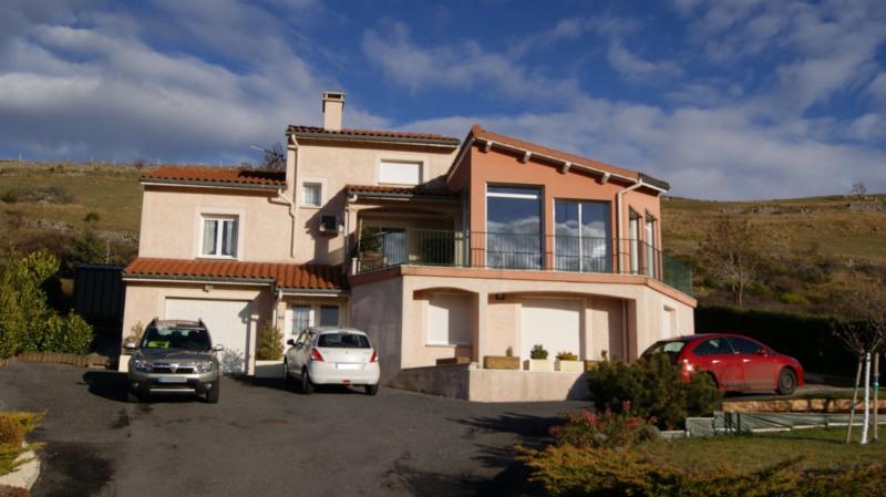 Sale house / villa Le monastier sur gazeille 315000€ - Picture 2