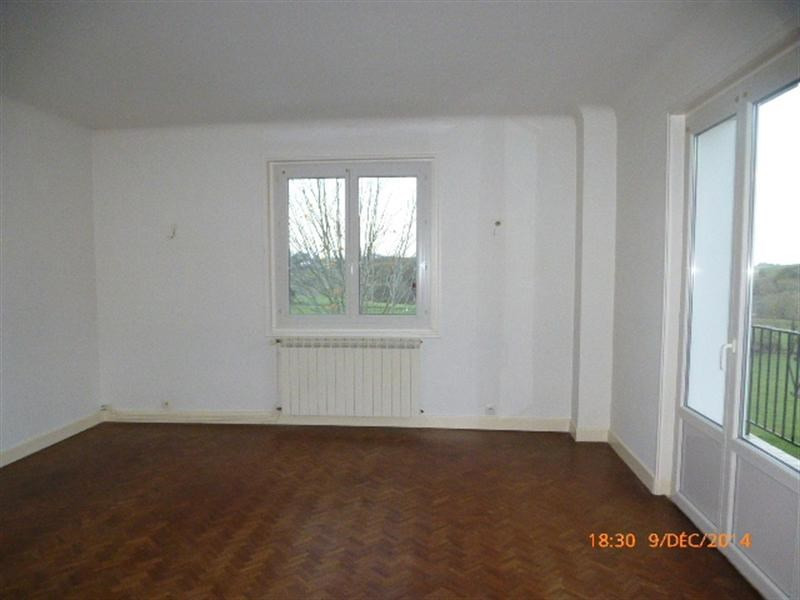 Rental apartment Souraïde 678€ CC - Picture 2