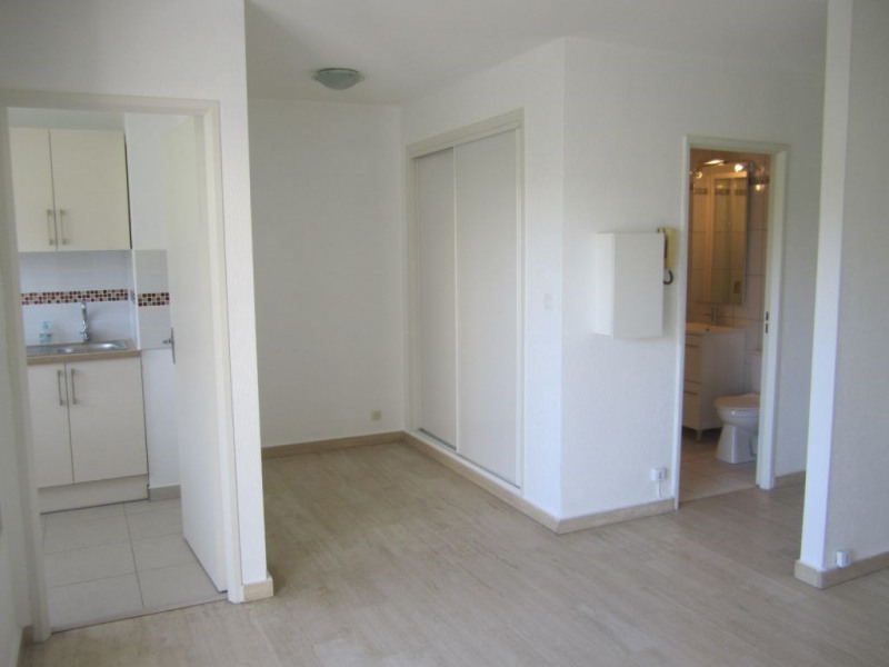 Location appartement Cagnes sur mer 652€ CC - Photo 1