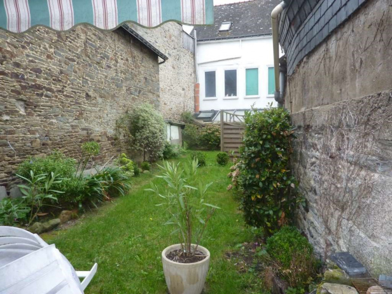 Sale house / villa Pontivy 166 000€ - Picture 1