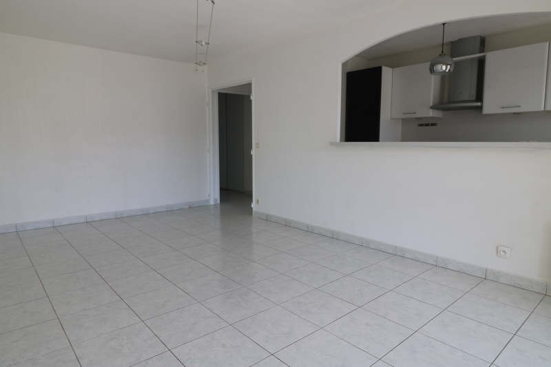 Sale apartment La bocca 260000€ - Picture 2
