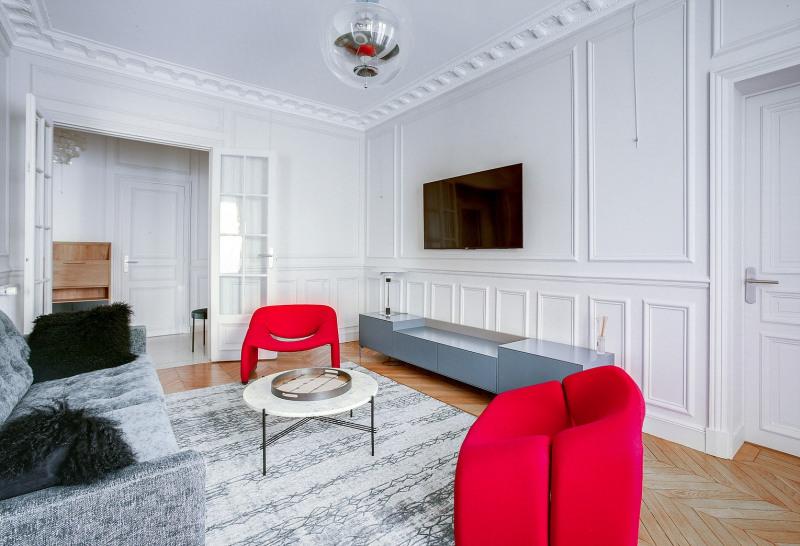 Location appartement Paris 19ème 2600€ CC - Photo 4