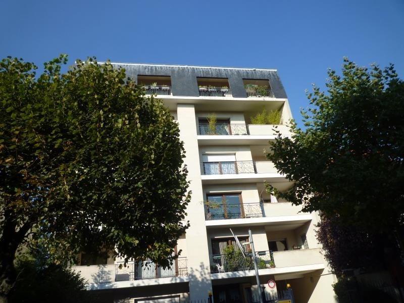 Rental apartment Le raincy 695€ CC - Picture 1