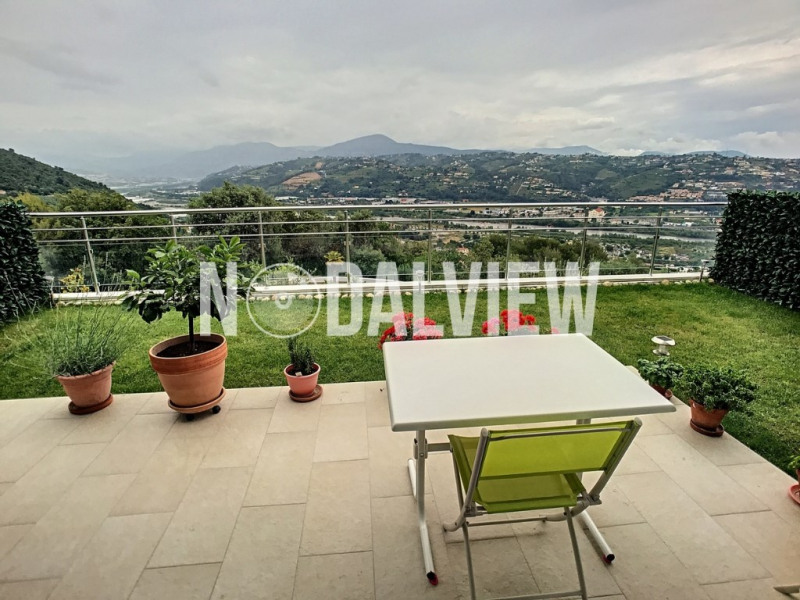 Sale apartment Saint laurent du var 392 000€ - Picture 5