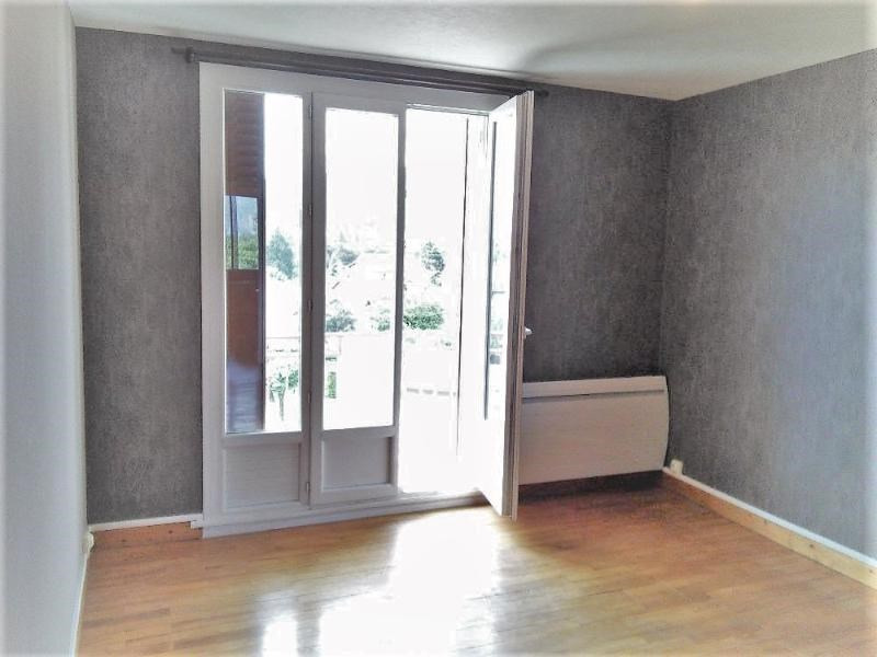 Location appartement Fontaine 530€ CC - Photo 2