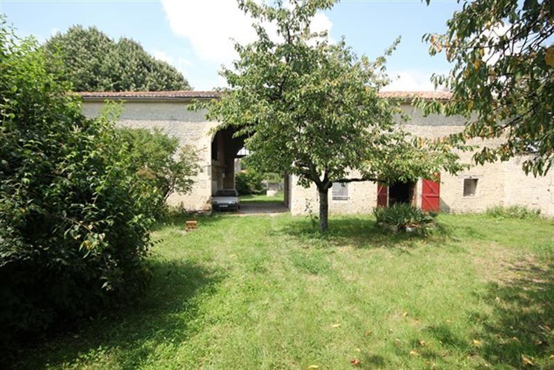 Sale house / villa Villeneuve-la-comtesse 259700€ - Picture 7