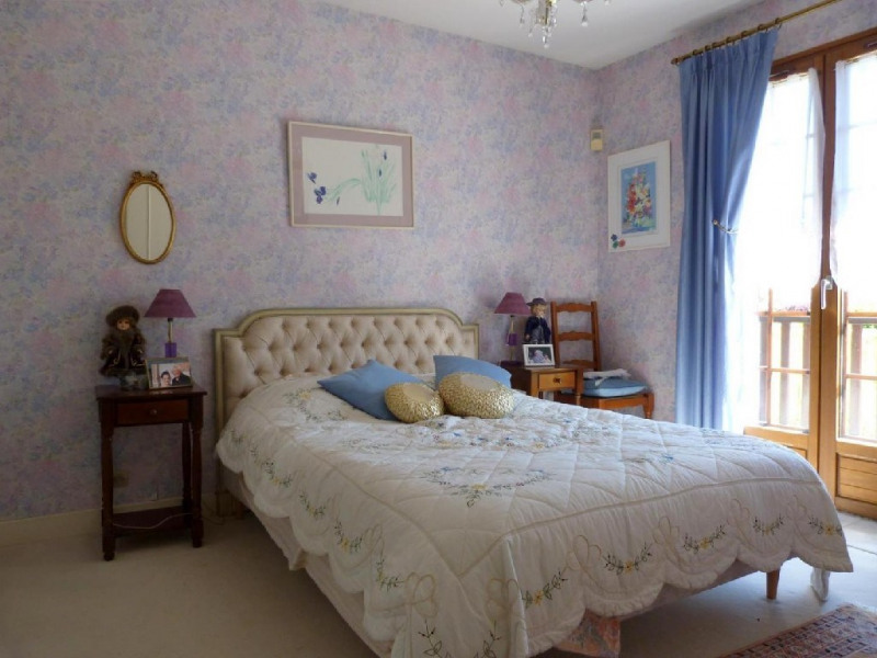 Sale house / villa Fontaine le port 364000€ - Picture 6