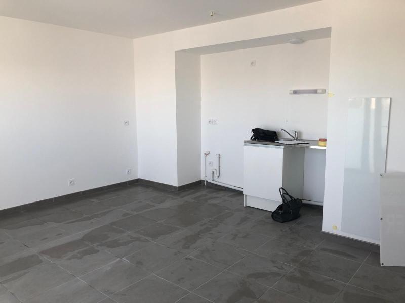 Location appartement Guerande 570€ CC - Photo 4