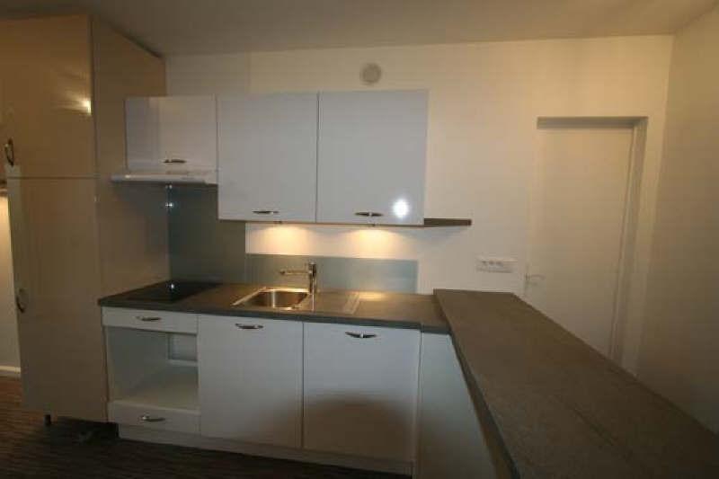 Location appartement Rueil malmaison 720€ CC - Photo 2