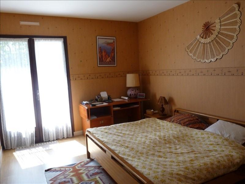 Deluxe sale house / villa Bon encontre 431600€ - Picture 4