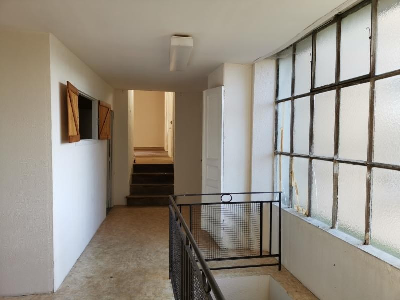Sale house / villa Chalus 64935€ - Picture 2