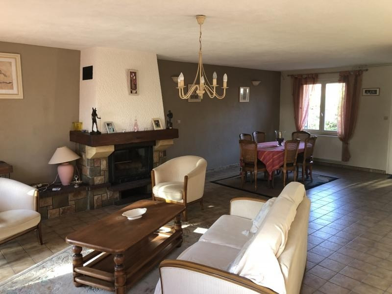Vente maison / villa Estevelles 239 000€ - Photo 2