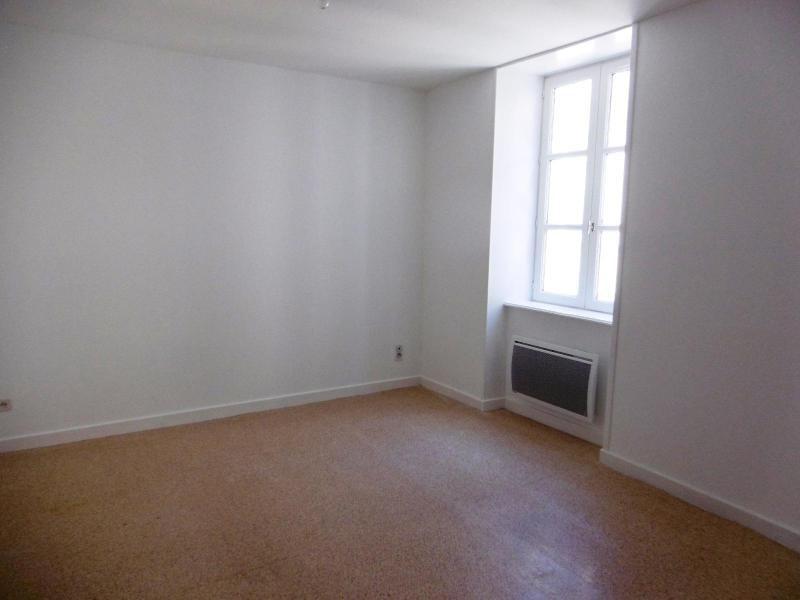 Location appartement Tarare 250€ CC - Photo 1
