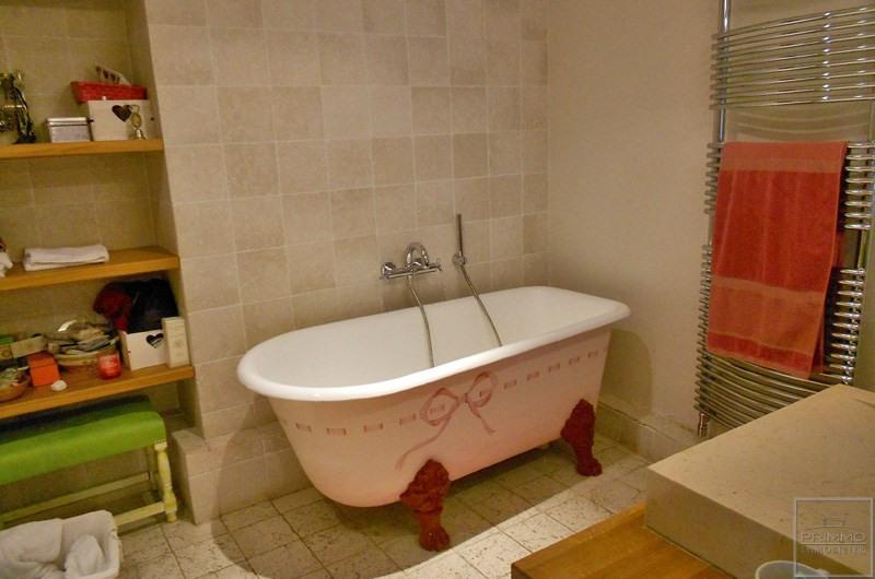 Location maison / villa Saint-genis-les-ollières 2490€ CC - Photo 4