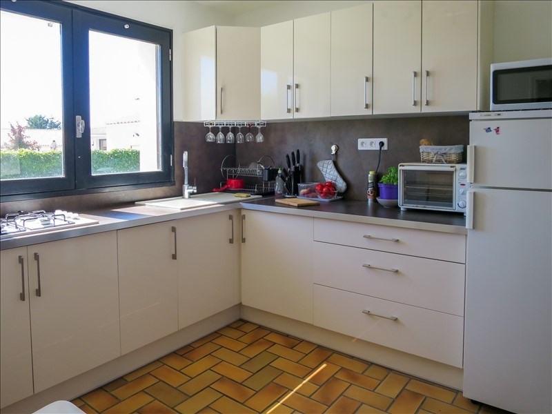 Sale house / villa Chateau d olonne 232100€ - Picture 2