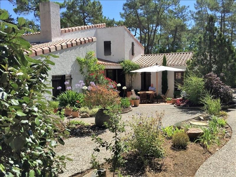 Deluxe sale house / villa La tranche sur mer 884000€ - Picture 4