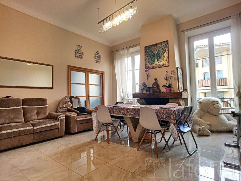 Vente appartement Menton 399 000€ - Photo 1