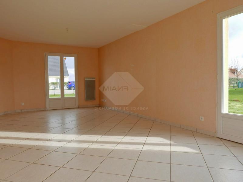 Rental house / villa Menneval 770€ CC - Picture 6