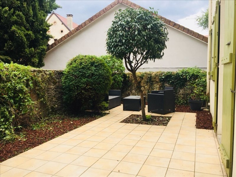 Deluxe sale house / villa Annecy 585000€ - Picture 3