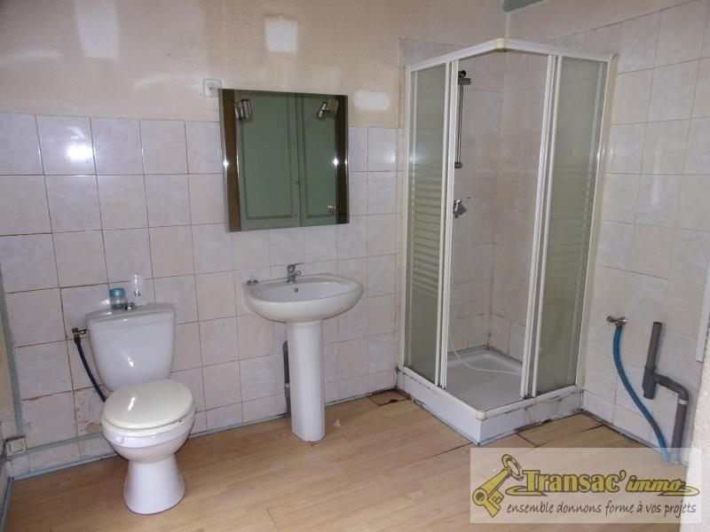 Sale house / villa Celles sur durolle 29900€ - Picture 7