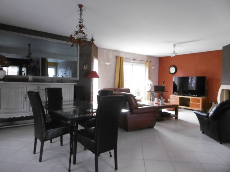 Sale house / villa Saussay 249 000€ - Picture 4