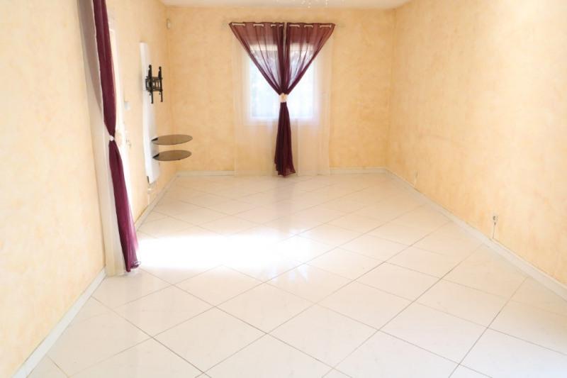 Vente maison / villa Salon de provence 399000€ - Photo 4
