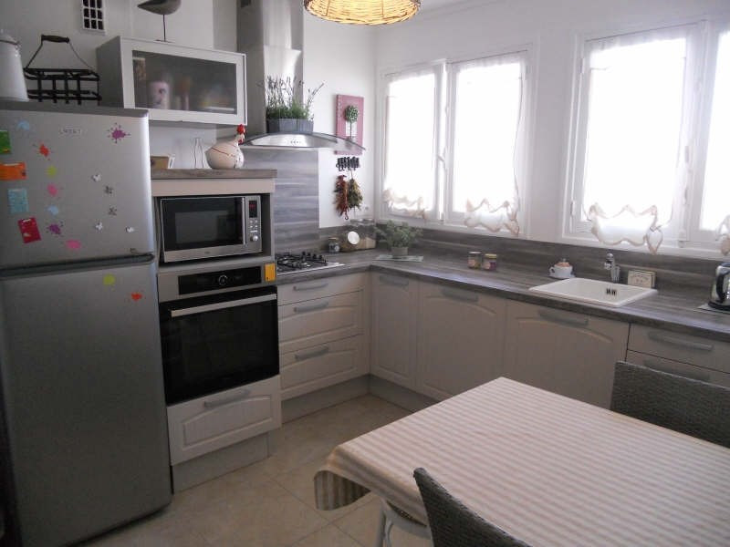 Sale apartment Royan 180 500€ - Picture 6