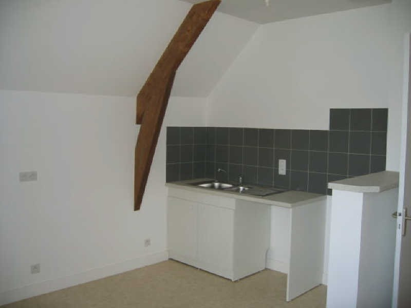 Rental apartment Falaise 400€ CC - Picture 2